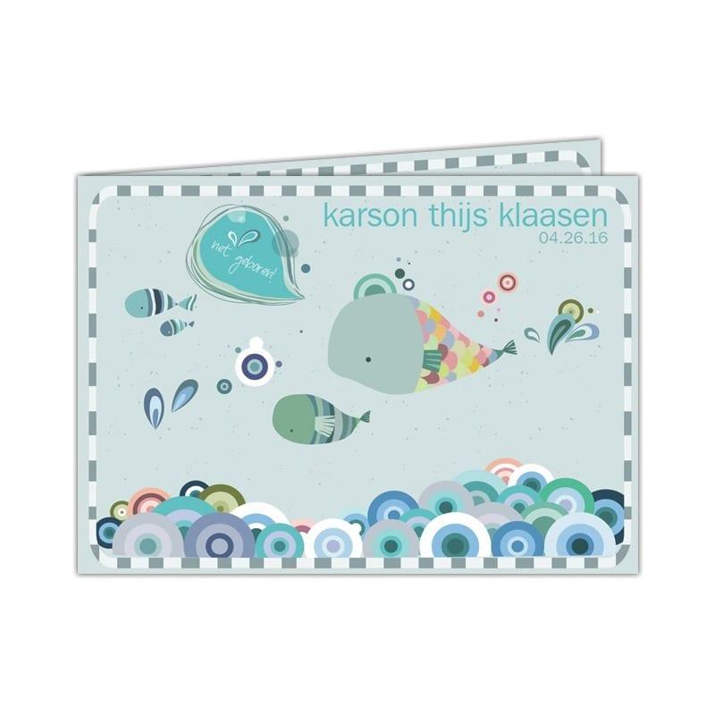 Geboortekaartje Walvis laat een onderwater tafereel zien met walvissen, een visje en grappige golven