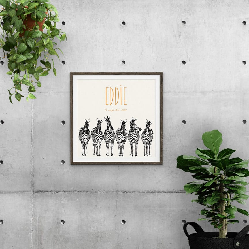 Het ontwerp van geboortekaartje Zebra Parade met de kletsende zebra's kan gemakkelijk omgezet worden naar een prachtige poster.