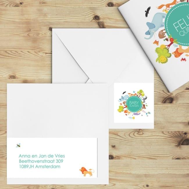 Een extra lange adressticker voor de geboortekaartje Wereld van Dieren Petrol, met een diertje van het kaartje en dezelfde cirkel met dieren.
